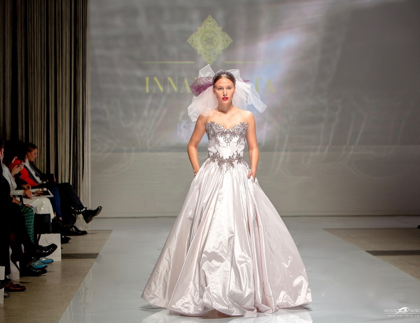 Innamorata Isteku lt Wedding Fashion Show